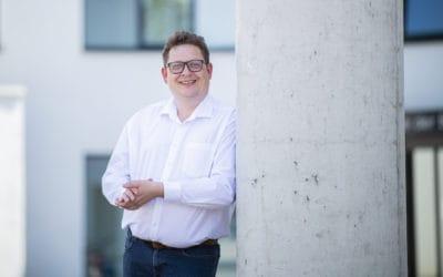"""Bundesarbeitsminister kommt nach Herford – Hubertus Heil und Stefan Schwartze an der """"Ansprech-Bar"""""""